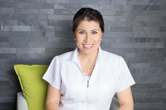 Inhaberin Frau Dr. Tatiana Klauser ganzheitliche Zahnarztpraxis Frau Dr. Tatiana Klauser