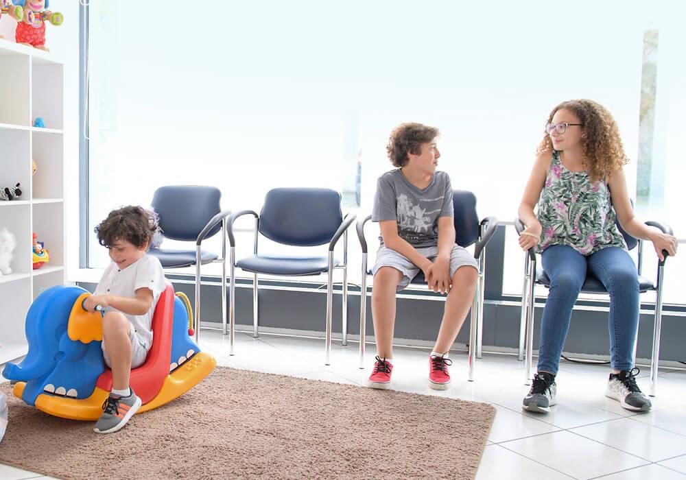 Kinderbereich Wartezimmer ganzheitliche Zahnarztpraxis Frau Dr. Tatiana Klauser