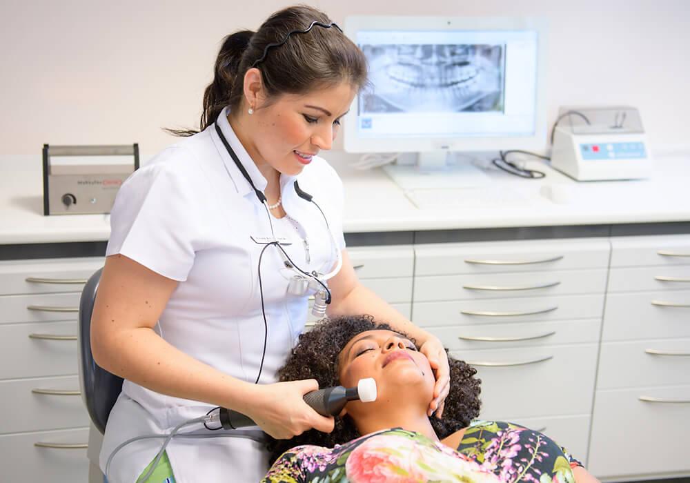 Behandlung Matrixtherapie ganzheitliche Zahnarztpraxis Dr. Tatiana Klauser
